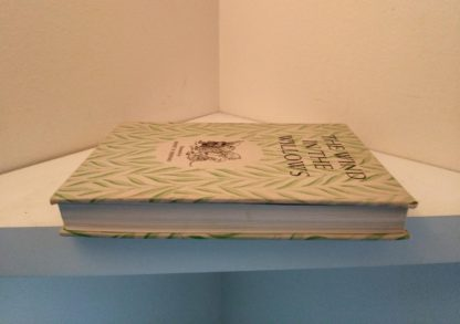 1954 copy of The Wind in the Willows illustrated by Ernest Shepard text block view