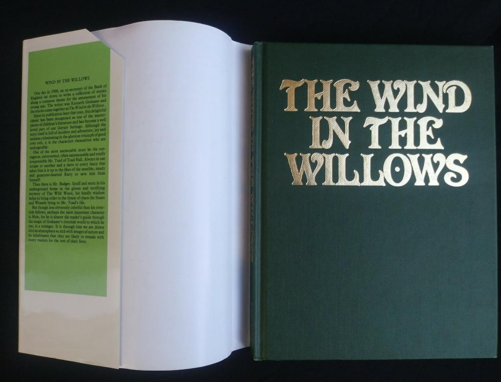 front cover of a 1982 copy of The Wind in the Willows published by by Victoria House Publishing Limited