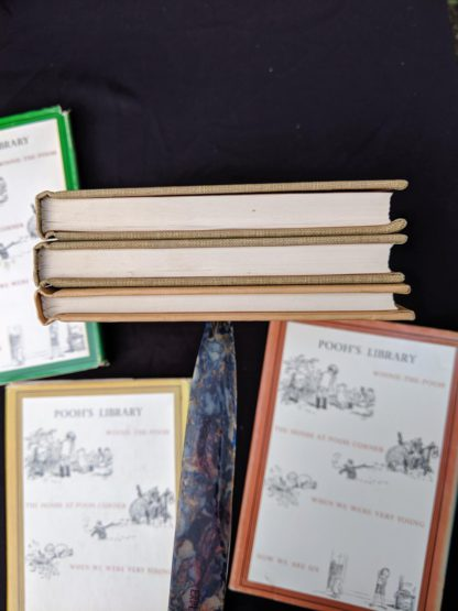 head view of textblock on a Set of 3 Winnie-the-Pooh A. A. Milne books 1979 - 83
