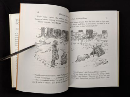 page 18 and 19 inside a 1979 copy of The House at Pooh Corner published in Canada by McClelland & Stewart Ltd