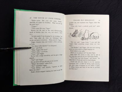 page 28 and 29 in a 1963 copy of The House at Pooh Corner by A. A. Milne