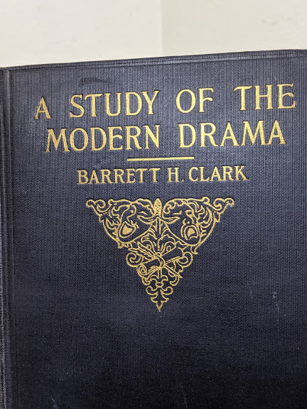 front gold gilt blindstamp on a 1925 copy of A Study of Modern Drama by Barrett H Clark - First Edition