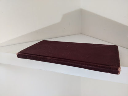 spine view on a 1914 Hungarian Bible - A SZÁZADOK LATKÉPE VAGY - A TEREMTÉS MÜVE KÉPEKBEN
