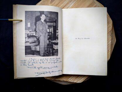 pre title page inside a 1935 copy of De Weg tot Elkander by Trygve Gulbranssen - third book of the trilogy - First Edition