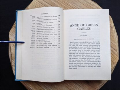 1948 copy of Anne of Green Gables by Montgomery published by Ryerson Press - Table of Contents page 2 of 2