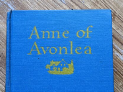 Front cloth board up close - 1947 Anne of Avonlea by Montgomery