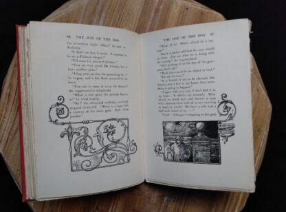 Page 86 and 87 inside a 1904 copy of The Day of the Dog by George Barr McCutcheon - First Edition