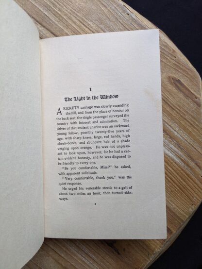 Chapter One - The Light in the Window - 1902 copy of Lavender and Old Lace by Myrtle Reed