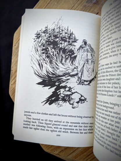 Illustration by Margery Gill - The Rainbow Fairy Book - Andrew Lang - rare 1977 Second Edition